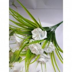 букет розы белая 7 цветков...